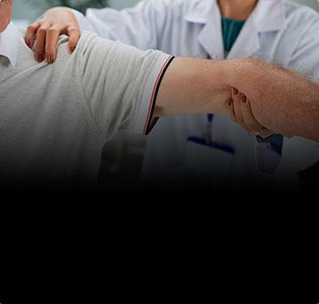 Разрыв ротаторной манжеты плеча. Нужна ли операция